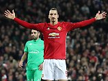 """Der """"himmlische Zlatan"""": Ibrahimovic bleibt bei Manchester"""