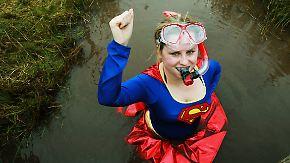 Kaum zu glauben, aber wahr: Moortaucher schnorcheln in Wales um die Wette