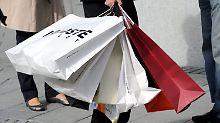 Konsumklima verbessert sich: Kauflaune der Verbraucher steigt