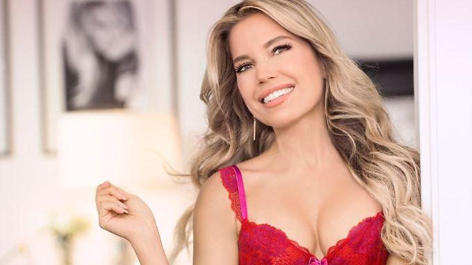 Nach ihrem Abschied als Hunkemöller-Model macht Sylvie Meis jetzt Dessous für Amazon.