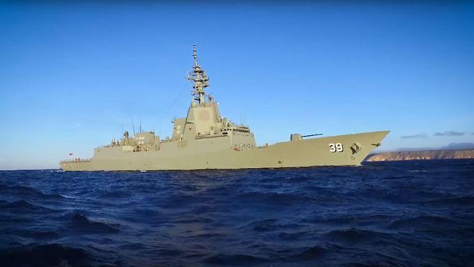 """Das erste Schiff seiner Klasse: Der Lenkwaffenzerstörer """"HMAS Hobart""""."""