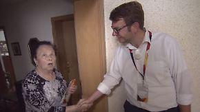 Wahlkampf im Wohnblock: CDU sucht das Gespräch zwischen Tür und Angel