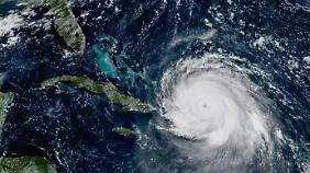 Flucht aus Florida: Südosten der USA rüstet sich für den Monstersturm