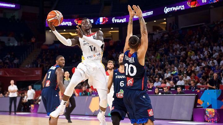 NBA-Star Dennis Schröder macht auch seine Mitspieler besser.