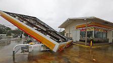 """... oder diese Tankstelle in North Miami - """"Irma"""" kannte auch in Florida kein Erbarmen."""