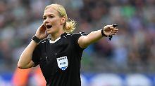 """""""Collinas Erben"""" lernen dazu: Steinhaus pfeift souverän, FC Bayern tölpelt"""