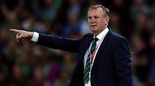 Der Sport-Tag: Nordirland-Trainer vorübergehend festgenommen