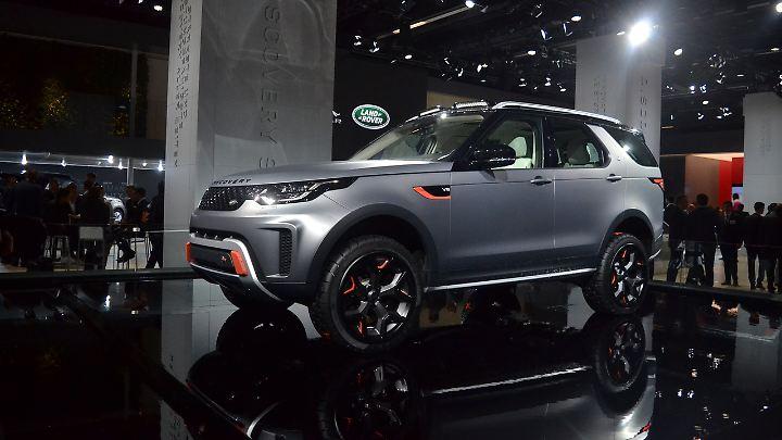 Der Land Rover Discovery SVX fährt mit einem kolossalen V8 vor.