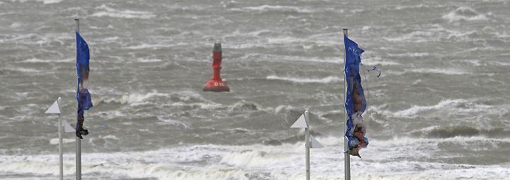 """Spitzengeschwindigkeiten bis 150 km/h: Sturm """"Sebastian"""" weht Norddeutschland durcheinander"""