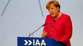 """""""Regelungslücken extensiv ausgenutzt"""": Merkel eröffnet IAA mit deutlicher Kritik an den Autobauern"""
