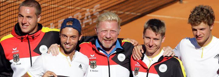 """Dem Tennis ist Becker - natürlich - bis heute verbunden. Seit dem Sommer sogar noch enger als zuvor: Er ist """"Head of Men's Tennis"""" im Deutschen Tennis Bund."""