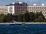 Ende mit einem Knall: Müritz-Hotel in Klink wird gesprengt