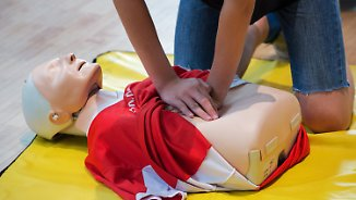 Lebensrettende Erste-Hilfe-Maßnahme: Reanimation ist einfach