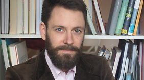 Dominik Grillmayer ist Leiter des Bereichs Gesellschaft am Deutsch-Französischen Institut in Ludwigsburg.