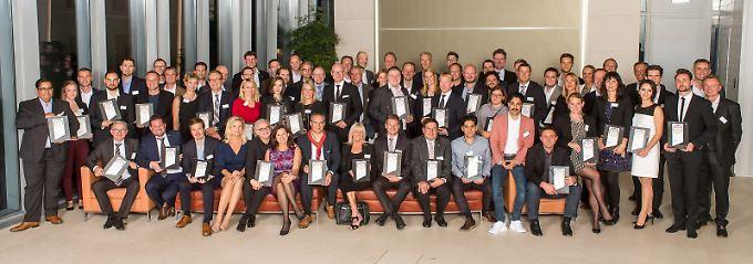 Die Gewinner wurden feierlich in der Berliner Bertelsmannrepräsentanz ausgezeichnet.