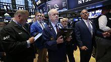 Dow Jones stagniert: Aktienanleger gehen kein Risiko ein