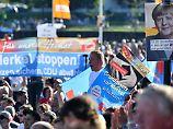 "Merkel als ""Negativfolie"": ""Wut und Hass"" beunruhigen Wahlforscher"