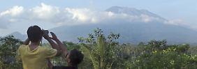 14.000 Anwohner auf der Flucht: Vulkan auf Bali kann jederzeit ausbrechen