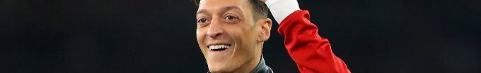 Der Sport-Tag: 09:16 Özil setzt Mini-Trendwende mit Arsenal fort