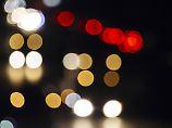 Über Strumpfhosen und Co: 10 Auto-Mythen im Check
