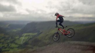 Einer der härtesten Kurse der Welt: Walisische Berge verlangen Mountainbikern alles ab