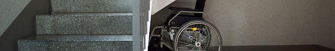 """Der Tag: 21:37 """"Gehbehinderter"""" Häftling flieht aus Klinik"""