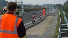 Teilsperrung der A20: Autobahn versinkt im Moor