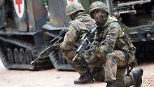 Geheimdienst prüft Vorfälle: 391 rechtsextreme Verdachte in Bundeswehr