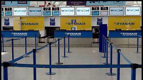 """""""Story mit dem Ferienplan ist Quatsch"""": Ryanair-Personal spricht über Flugchaos"""