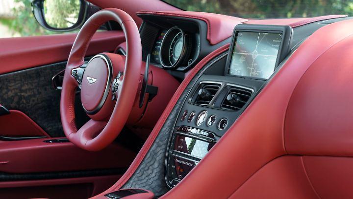 Reichlich Leder sorgt im Aston Martin DB11 für edle Atmosphäre.