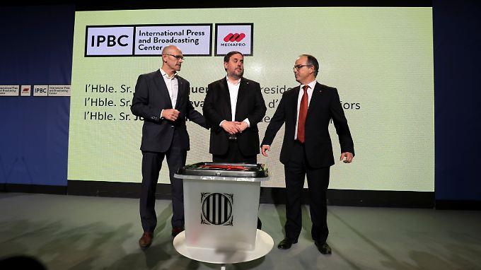 Die Wahlurnen, die beim Referendum in Katalonien zum Einsatz kommen sollen, wurden bereits der Öffentlichkeit vorgestellt.