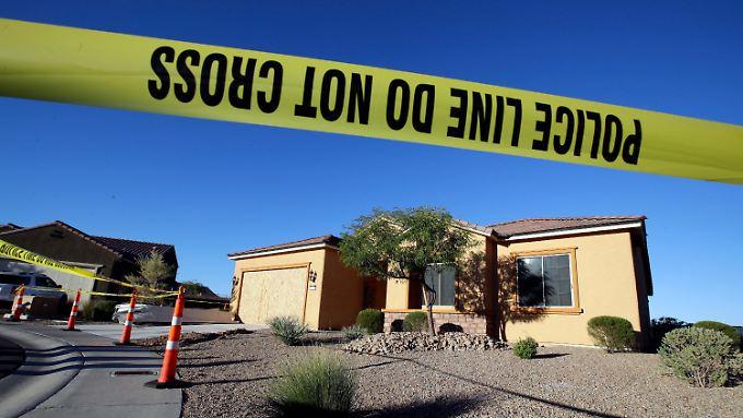 Trump: Waffengesetz-Debatte verfrüht: Polizei stellt Arsenal des Las-Vegas-Schützen sicher
