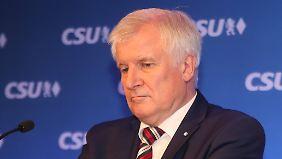 Horst Seehofer hat die Kurz-Strategie in Bayern ebenfalls versucht. Funktioniert hat es nicht - die CSU war weiterhin nur Schmiedl, nicht Schmied.