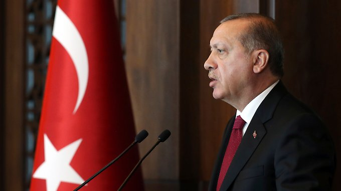 Der türkische Präsident fürchtet, dass die Unabhängigkeitsbestrebungen auf die Kurden in der Türkei übergreifen könnten.