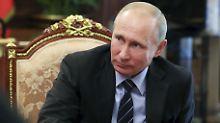 Wladimir Putin feiert seinen 65. Geburtstag im Kreml. Sein Zukunf lässt er (noch) offen.