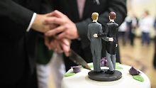 Keine Aussicht auf Erfolg: Bayern zieht Klage gegen Ehe für alle zurück