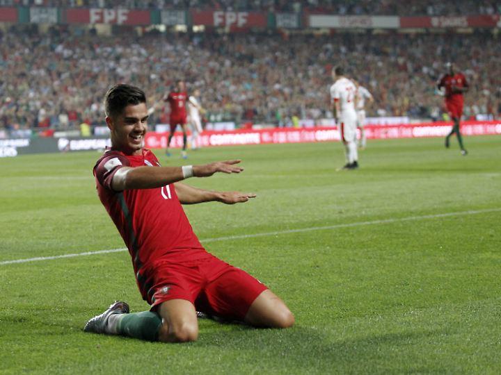 Portugals Silva feiert den Sieg gegen die Schweiz und die direkte WM-Qualifikation.