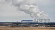 Deutschlands Kohlekraftwerke produzieren vermehrt Exportstrom - und beeinträchtigen damit die Klimaschutzziele der Regierung.