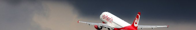 Der Tag: 18:01 Nach heiklem Flugmanöver: Lotsen im Visier der Behörden