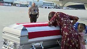 Tränen nach Anruf: Trump brüskiert Soldatenwitwe