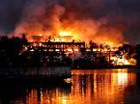 Ein Wahrzeichen ist vernichtet: Brand zerstört Teakholz-Hotel in Rangun