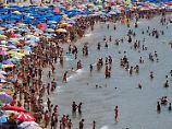 Betrugsmasche in Spanien: Rund 800 Briten simulierten Vergiftung