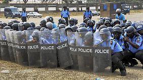 Übung der nigerianischen Polizei