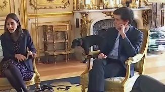 Haustierpannen der Weltpolitik: Macrons Hund pinkelt in Palast-Kamin