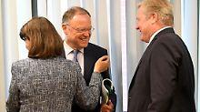Die Wogen glätten sich: Stefan Weil und Bernd Althusmann sprechen mittlerweile freundlich miteinander.