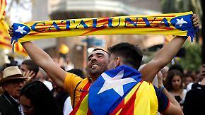 Puigdemont trotzt Entmachtung: Wie geht es weiter in Katalonien?