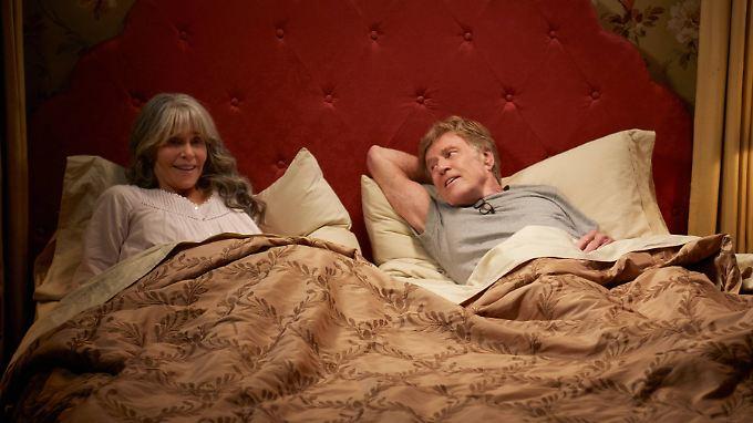 """Addie (Jane Fonda) und Louis (Robert Redford) in der Netflix-Verflimung von """"Unsere Seelen bei Nacht""""."""