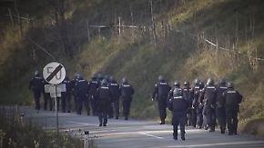 Nach Doppelmord an Nachbarn: Polizei sucht flüchtigen Todesschützen von Stiwoll