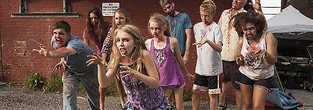 "Nervensäge versus Zombies: ""Night of the living Deb"" ist ein Brüller"