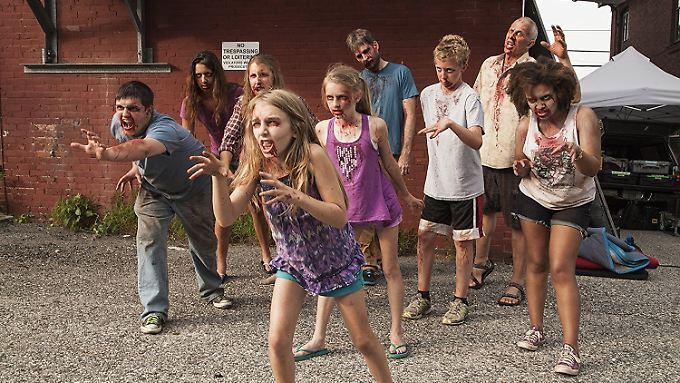 Immer wieder sehenswert: Zombies im Anmarsch.